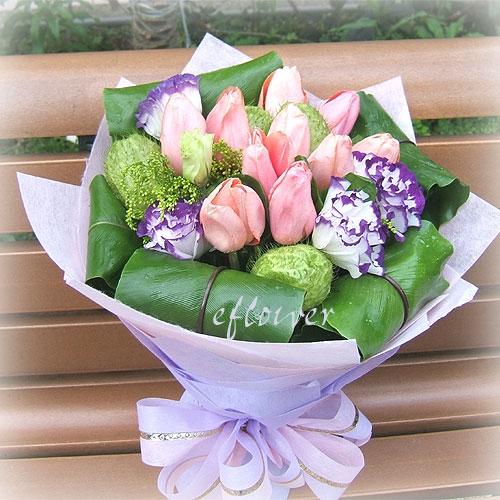 御花苑-鬱金香桔梗花束10145