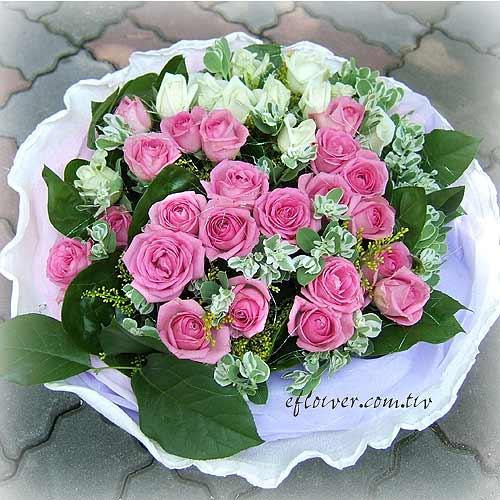 紫白玫瑰傳情花束1061-花店的花禮盛宴